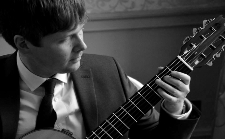 Adam – Guitarist Solo/Duo/Band